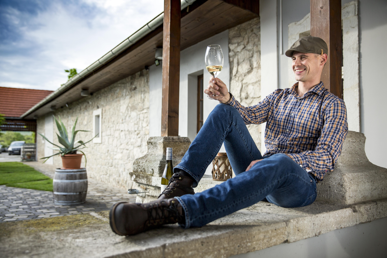 Vendégoldal: interjú Molnár Ádámmal a WineArtCulture hasábjain